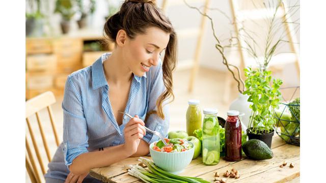 Cara Diet yang Bikin Wanita Awet Muda