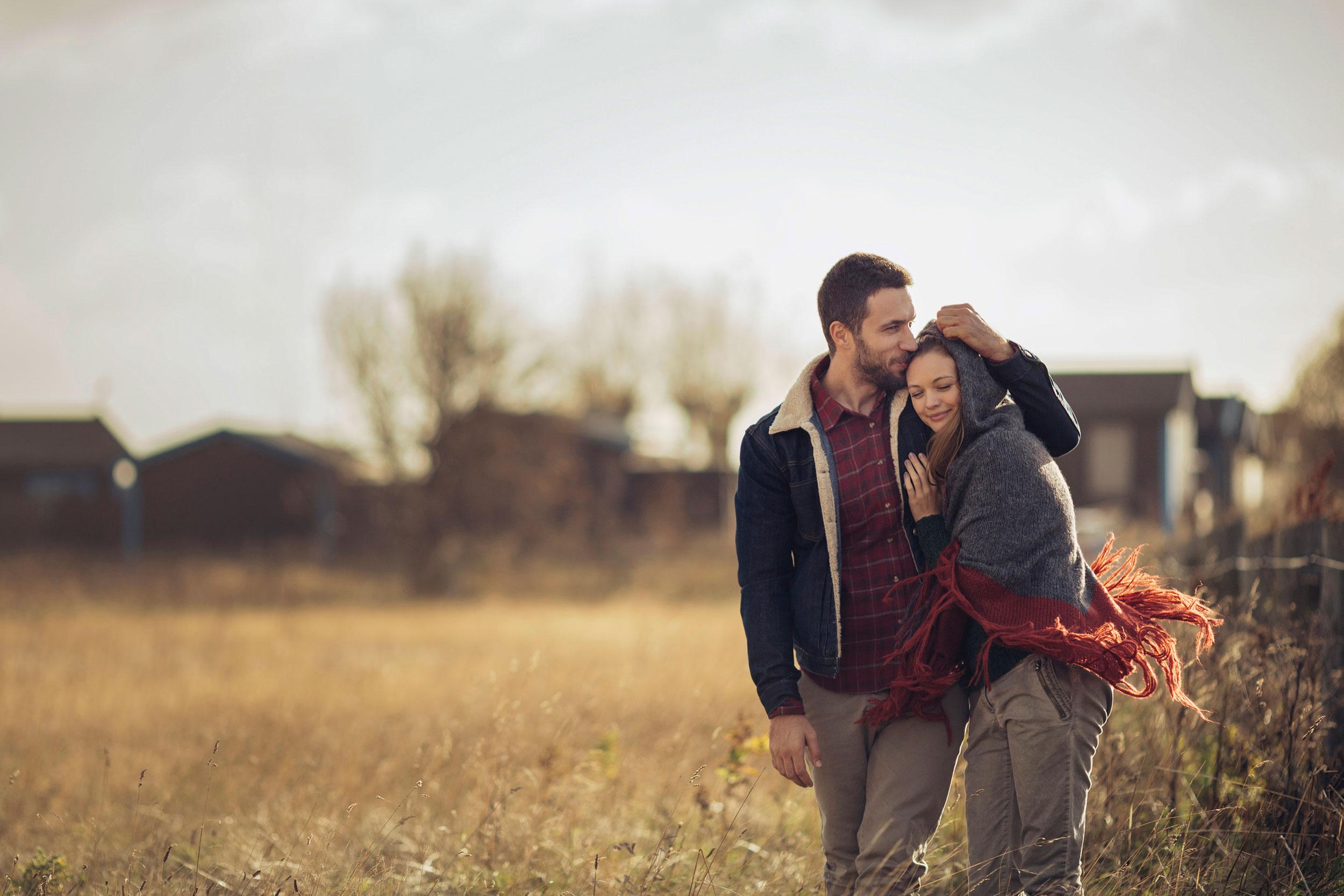 Cara Agar Tidak Kehilangan Jati Diri saat Jatuh Cinta