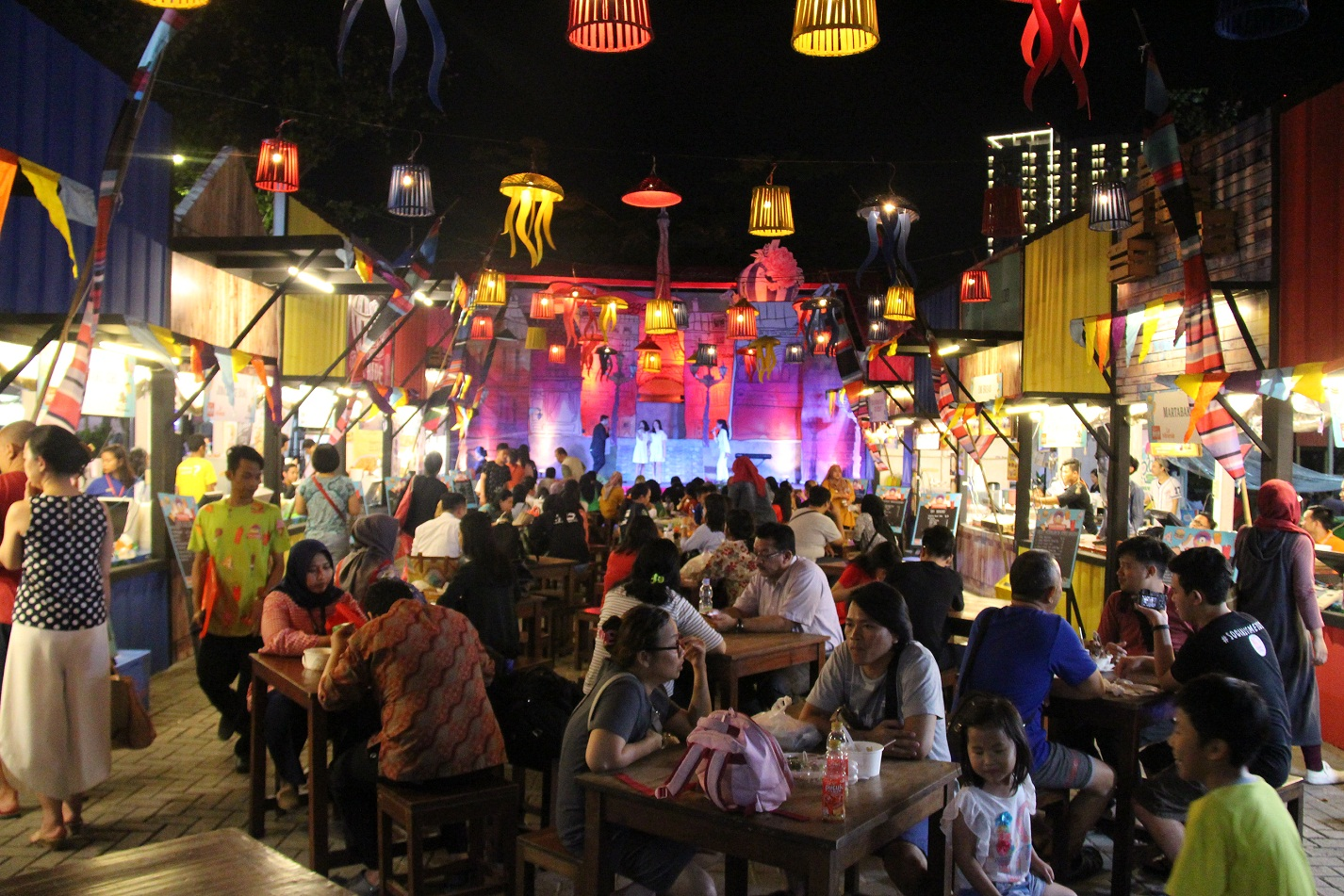 Pasar Senggol 2018 Jelajahi Kuliner Street Food Kekinian