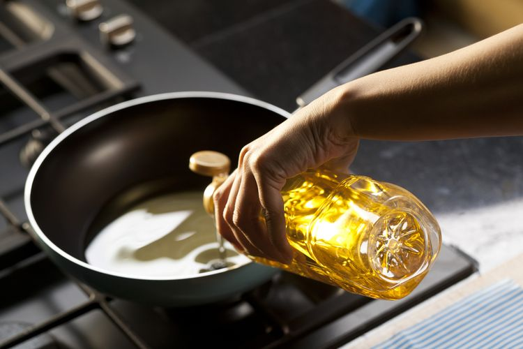 Berapa Kali Minyak Goreng dapat Dipakai untuk Menggoreng?