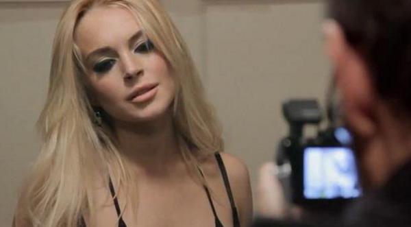 Lindsay Lohan Sakit Hati Daftar Pria yang Menidurinya Disebar