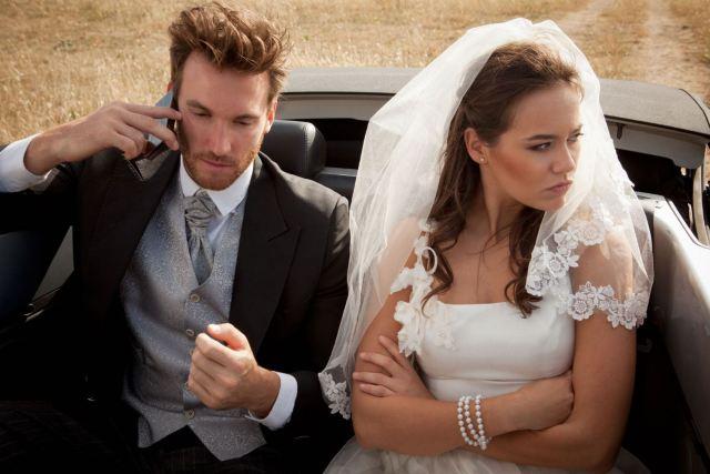 Ini Tanda Pernikahan Anda Tak Membahagiakan
