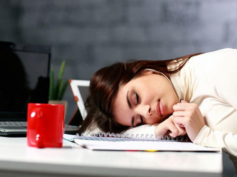 4 Alasan Sebaiknya Tidak Menahan Lapar di Kantor