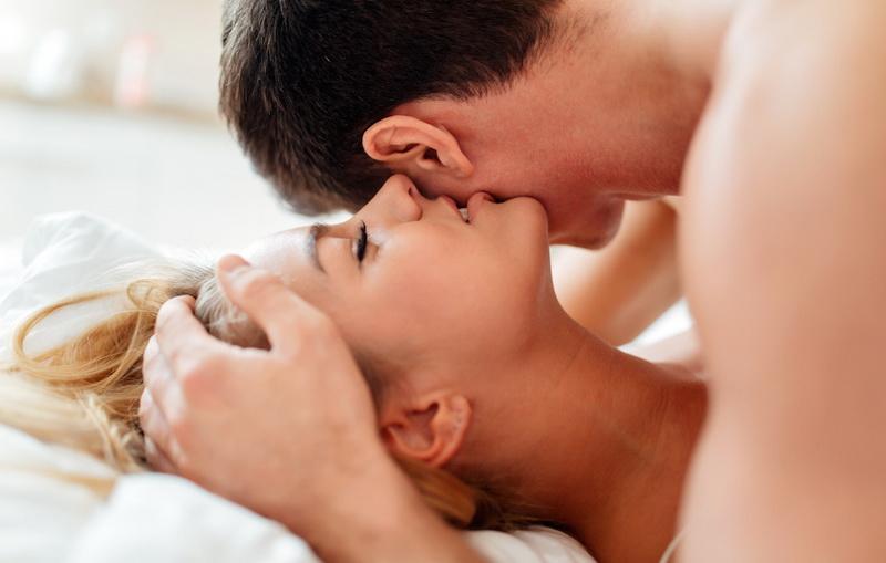 4 Posisi Seks yang Membuat Wanita Cepat Klimaks