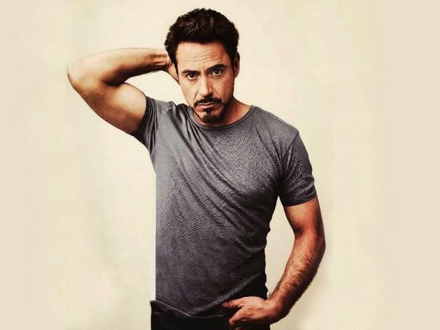 Tony Stark Bakal Pensiun Jadi Iron Man?