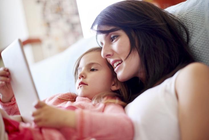 Manfaat Membaca Secara Nyaring untuk Anak!