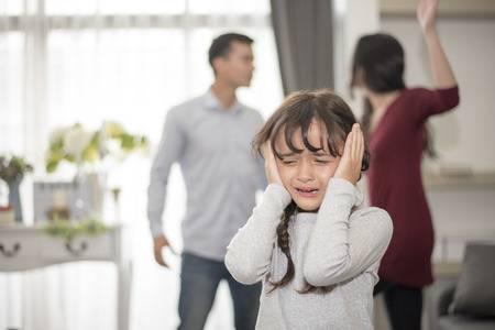 Cara Menjaga Anak Usai Orang Tua Alami Perceraian