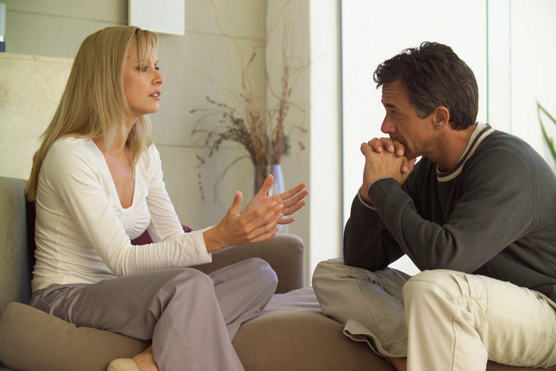 Menyimpan Rahasia Apapun Dapat Merusak Hubungan?