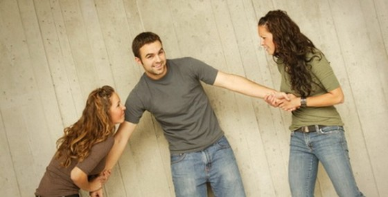 Tujuh Sinyal Pasangan Cintai Orang Lain