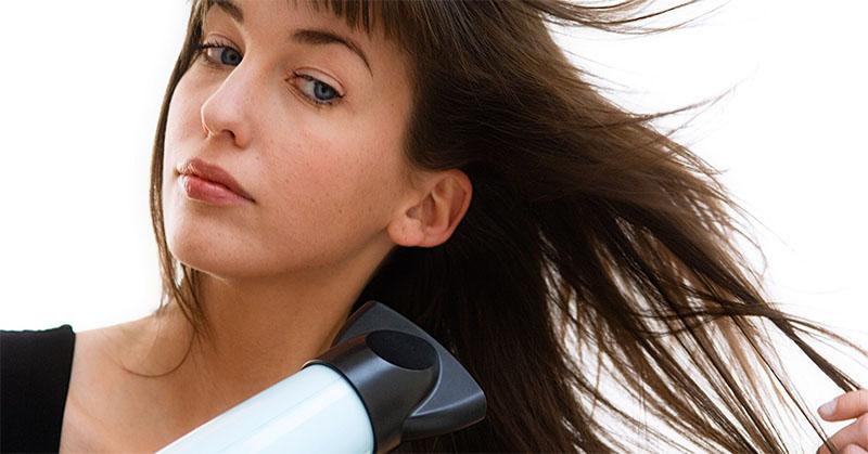 Ini Penyebab Wanita Terlihat Lebih Tua karena Rambut