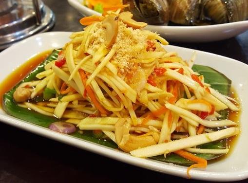 Cara Mudah Buat Salad Mangga Thailand