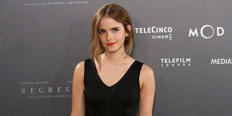 Emma Watson Tampil Tanpa Make Up