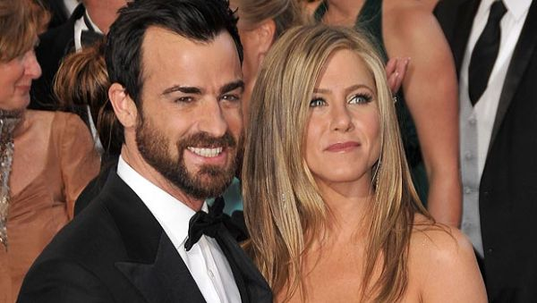 Jennifer Aniston Ingin Kawin Lari dengan Justin Theroux
