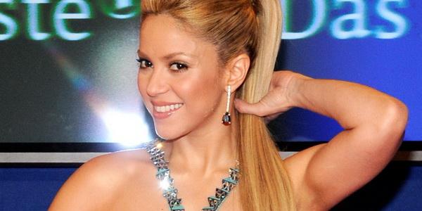 Pacari Gerard Pique, Shakira Sempat Takut Dicap Paedofil