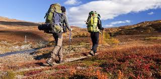 Ternyata Hobi Hiking Bisa Turunkan Berat Badan