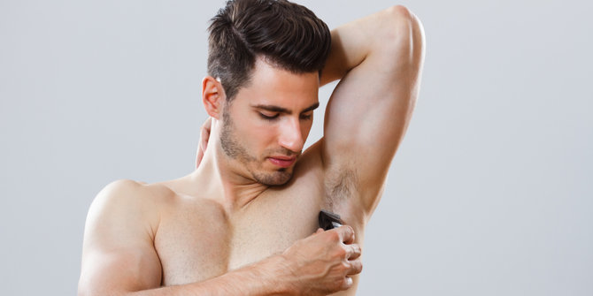 Ingin bau badan hilang dengan cepat? cukur rambut ketiakmu