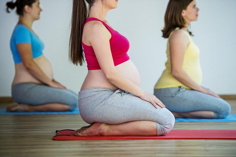 Ini Manfaat Yoga bagi Ibu Hamil