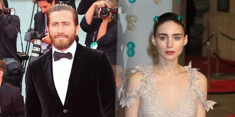 Jalan bareng, Jake Gyllenhaal & Rooney Mara digosipkan pacaran