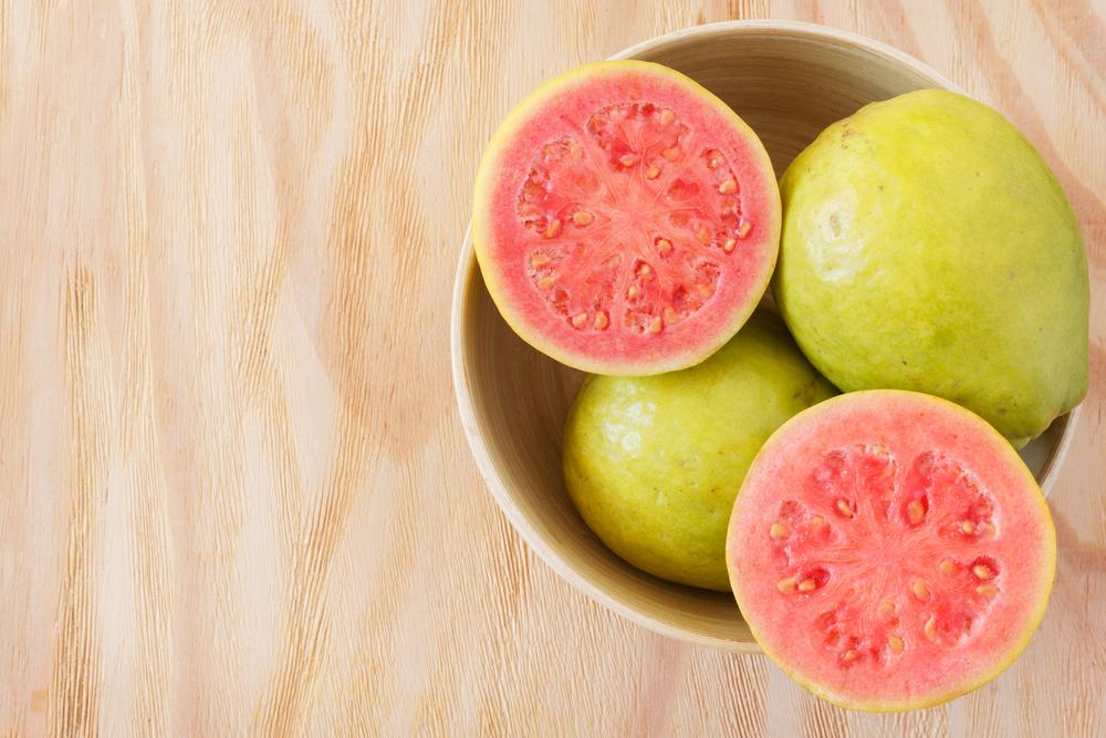 5 Khasiat Makan Jambu Klutuk untuk Kesehatan
