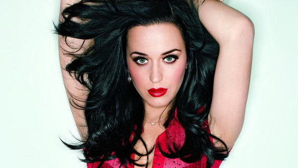 Katy Perry Larang Robert Pattinson Dekati Kristen Stewart Lagi