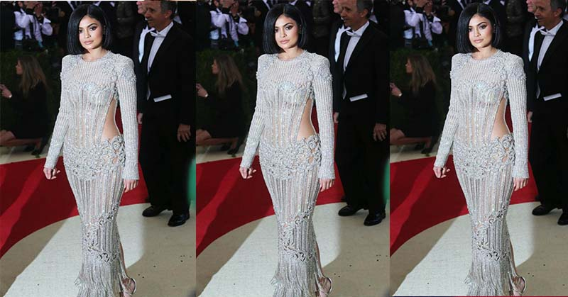 Kylie Jenner Siap Rilis 2 Warna Lipstik Eksklusif