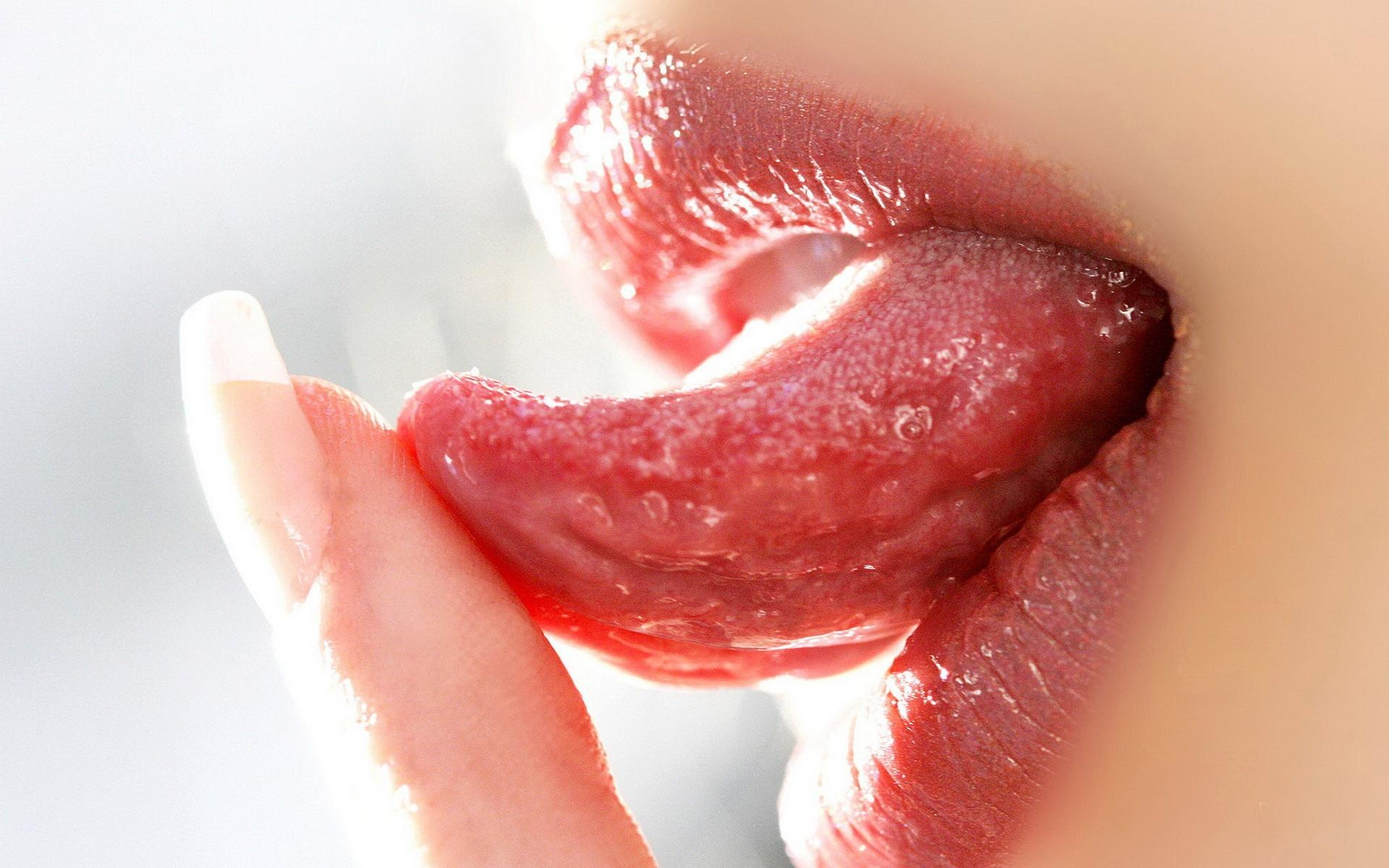 Awas! Pilek dan Sakit Terus-Menerus Di Mulut Salah Satu Tanda Kanker Lidah