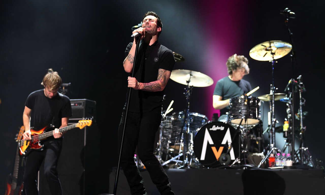 Maroon 5 Umbar Kisah Tragis di Klip 'Maps'