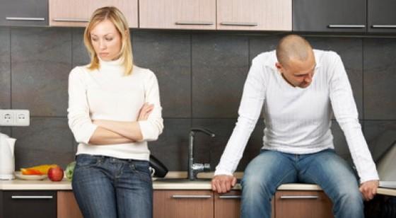 Kebiasaan yang Merusak Keromantisan Hubungan Anda