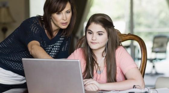 Pola Asuh Orangtua Tentukan Keberhasilan Anak