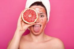 8 Jenis Buah yang Bisa Digunakan sebagai Masker Wajahsecara Alami