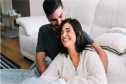Mau Bikin Suami Makin Cinta? Ini Caranya…