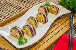 Lezatnya Nasi Goreng Sushi