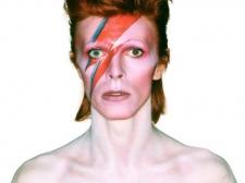 Koleksi Karya Seni David Bowie Dilelang Senilai Rp 173 M