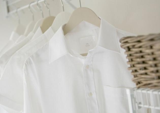 Tips Merawat Pakaian Berwarna Putih