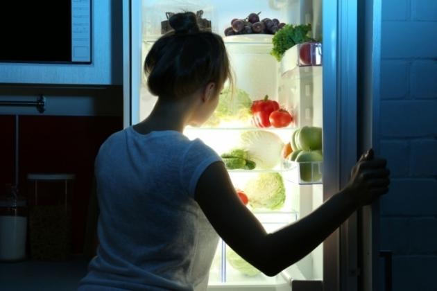 Suka Makan Larut Malam Berisiko Rusak Kesehatan Jantung