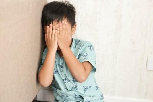 Ini Dia Tips Untuk Membuat Anak Berhenti Menyentuh Wajah Mereka