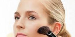 Lima Make Up Siasati Wajah Lelah Anda