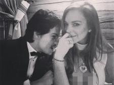 Bertengkar, Lindsay Lohan Buang Ponsel Tunangan ke Laut