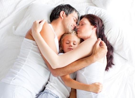 Tips Menjaga Hubungan dengan Suami Setelah Punya Anak
