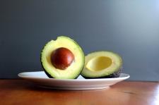 4 Makanan Berlemak ini Justru Bikin Perut Rata
