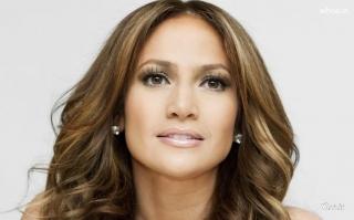 Jennifer Lopez Tak Sabar Kenalkan Berondong Baru