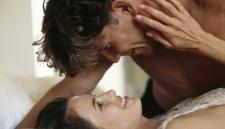 5 Kebiasaan yang Menguatkan Hubungan Seks Pasutri