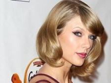 Internet Hujat Taylor Swift, Selebriti Dunia Ikut Beri Respons