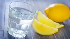 6 Efek Samping Minum Air Lemon