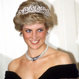 Potongan Rambut Putri Diana Dilelang Mulai dari Rp 16 Juta
