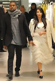 Kim-Kanye West Kalap Belanja di Australia