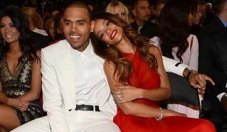 Dekat Lagi, Chris Brown & Rihanna Hanya Bersenang-senang