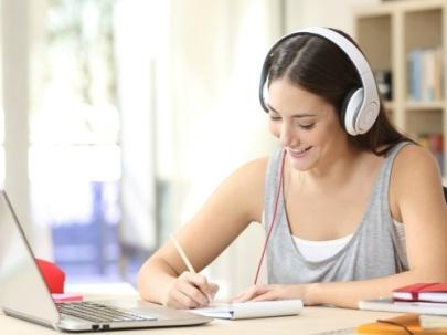 Ternyata Mendengarkan Musik Memiliki Banyak Manfaat