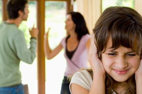 Cara Tepat Menjelaskan Perceraian Pada Anak