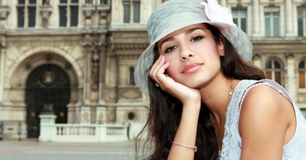 Makeup Natural Ala Wanita Prancis? Bisa!